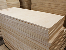 复合板和实木板材的区别